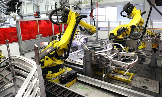 机器人推动食品包装机械